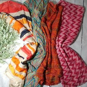 4 piece scarf bundle Talbots,Gap,smart trend
